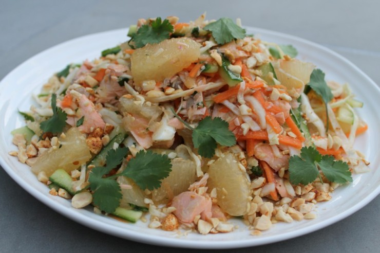 thai-salmon-pomelo-salad